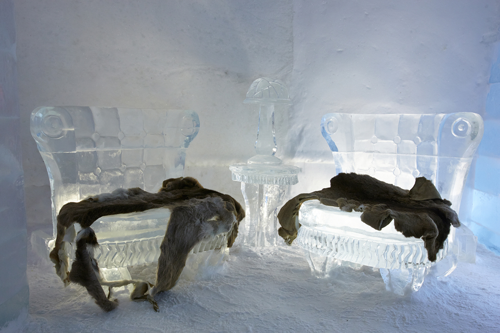 The Only Ice Hotel in North America: Hôtel de Glace