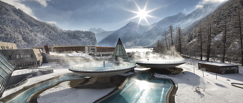Futuristic thermal baths in Austria: Aqua Dome, Austria