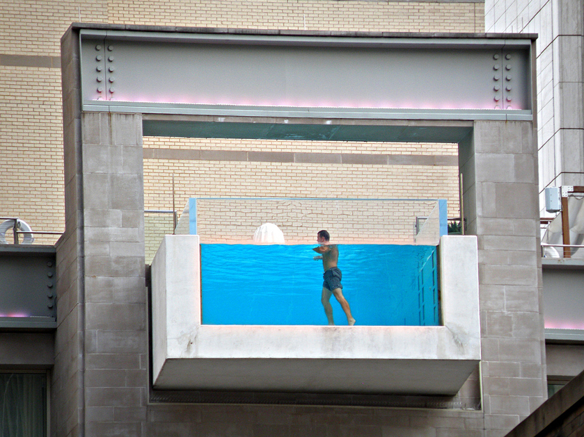 Pool for daredevils: The Joule Hotel, Dallas, USA