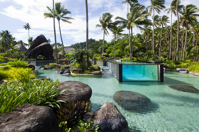 Lagoon or swimming pool: Laucala Island Resort, Fiji