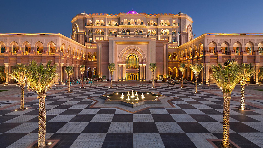 Top 10 World's Most Luxurious Hotels