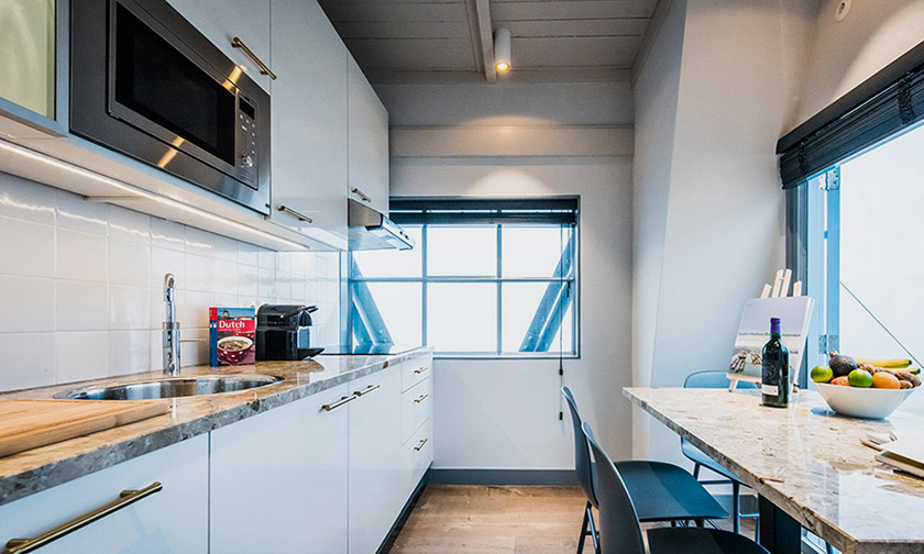 The Yays Crane Apartment review