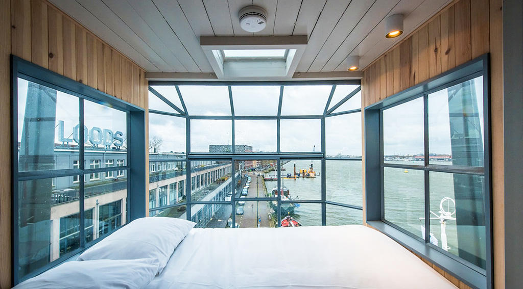 Gift Yourself An Unforgettable Stay in Amsterdam at the Yays Crane Apartment