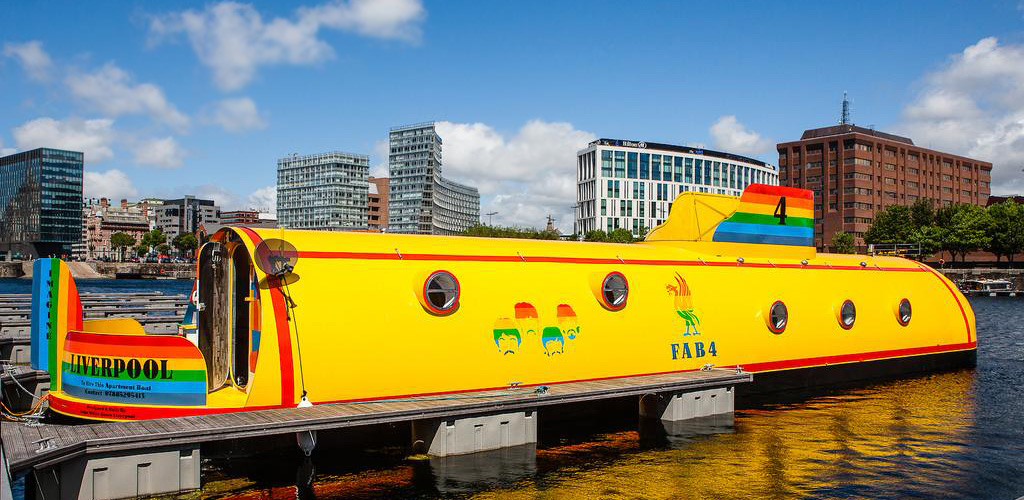 Yellow Sub, UK – the Quintessentially 60s Experience