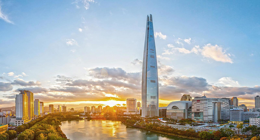 Lotte World Tower – 1,819 ft