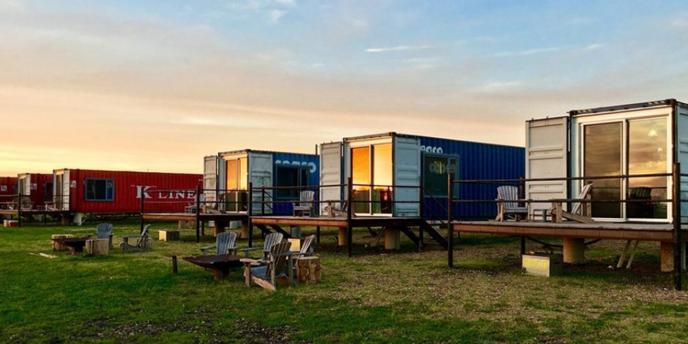 FlopHouze, Round Top – Living In A Shipping Container in Texas