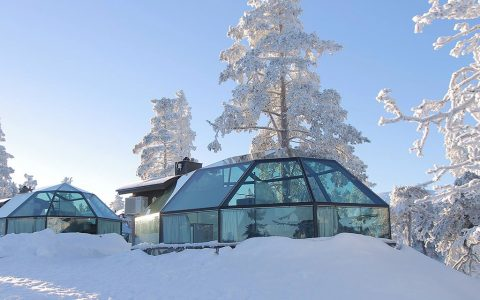 Come, Sleep Under the Star at The Golden Crown, Levin Iglut, Finland
