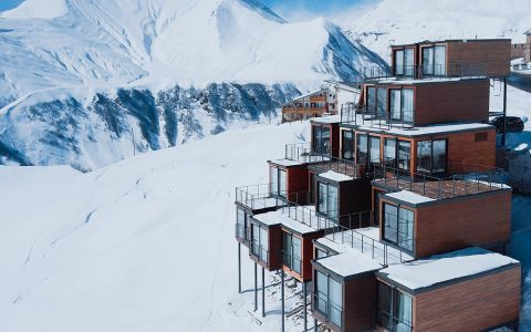 Quadrum Hotel –  A Cozy, Quirky, and Comfortable Stay in Thee Snowy Lap of Upper Gudauri