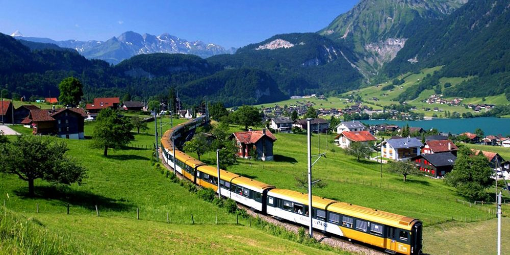 15 Most Picturesque Train Trips in the World